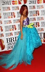 Rihanna_Color